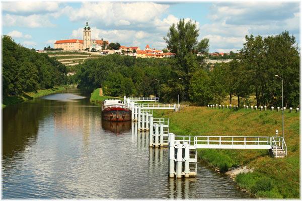 Mělník, A medio día de camino desde Praga