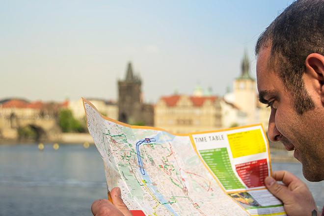 Navigate in Prague