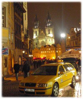 Å få tak i en drosje om natten